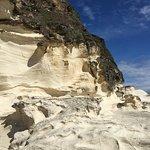 ภาพถ่ายของ Kapurpurawan Rock Formation