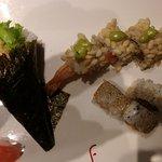 Temaki ebi tempura, ebi mexico, sake grill.