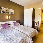Habitación Triple con balcón (zona dos camas)