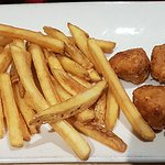 Main - Child Chicken nuggets and skinny fries