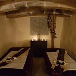 Couples & singles room massage in an authentic atmosphere of tranquility