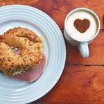 Bubble Waffle Haiko & Coffee Bacalar Foto
