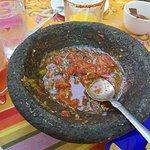 Deliciosa salsa y deliciosa comida en Topolo. 😍