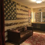 American-Themed Dressing Room