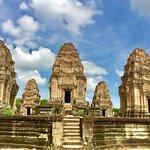 Hello Angkor Guide