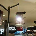沙律咖啡速食店環境