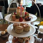 صورة فوتوغرافية لـ The Lounge - Four Seasons Hotel Hong Kong