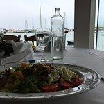 صورة فوتوغرافية لـ Zorbas Restaurant