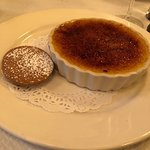 Creme brulee - perfect crack when you start!