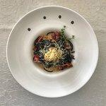 Черные спагетти с морскими деликатесами