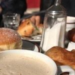 Foto de Schmalznudel - Cafe Frischhut