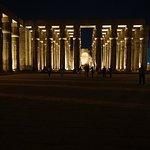 صورة فوتوغرافية لـ معبد الأقصر
