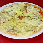 Delicious Pizza in Buho! enjoy our pizzas