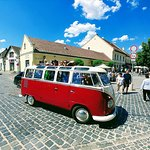 Serbian churches, cobblestone streets, many galleries and museums in Szentendre.