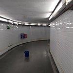 صورة فوتوغرافية لـ Madrid Metro
