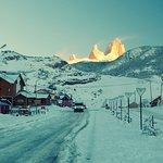 منطقة في غاية الروعة يحدها الثلج من جميع الجهات وبيوت احلم بالسكن فيها