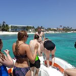Private Customised Boat Tour With Speed Boat  Octopus Aruba is excellent choice for this kind of