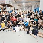 Ночные вечеринки и всероссийские соревнования по батутному фристайлу
