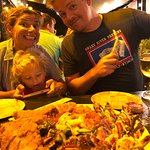 Foto de Umekes Fishmarket Bar & Grill
