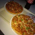 صورة فوتوغرافية لـ U.S. Pizza