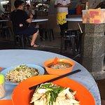 ภาพถ่ายของ Lou Wong Bean Sprout Chicken