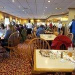 Bird-in-Hand Family Restaurant & Smorgasbord Foto