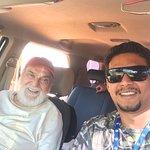 Nosso querido Lima Duarte e nosso Guia/ condutor Gustavo,  nos intervalos das gravações.