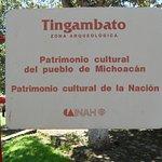 Foto de Zona Arqueológica de Tingambato