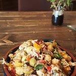 Tuna chick pea salad   Ensalada de atun y garbanzos