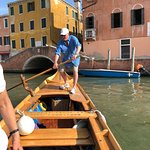 Les rowing in Venice