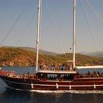 12 Island Sailing Boat Trip