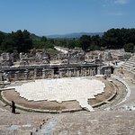 Photo de Efes Antik Kenti Tiyatrosu