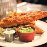 North Shields landed Haddock with hand-cut chips, mushy peas & chunky tatar sauce