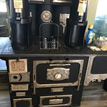 Love these old stoves!