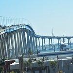 صورة فوتوغرافية لـ Coronado Bridge