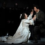 Production image of Lucia di Lammermoor