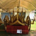 Hingis carriage