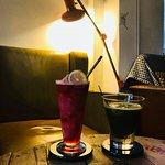 蔓檸冰釀冰沙V.S.宇治檸檬冰茶