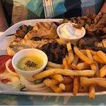 Φωτογραφία: Akti Bar Restaurant