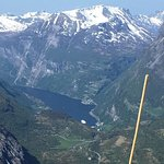 Photo de Geiranger Skywalk - Dalsnibba