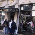 ภาพถ่ายของ Bettys Cafe Tea Rooms - York