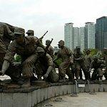 Korean War Statues