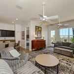 306D- Living room