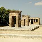 صورة فوتوغرافية لـ Templo de Debod