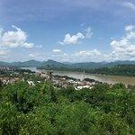 ภาพถ่ายของ Mount Phousi