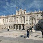 Madrid Kraliyet Sarayı resmi