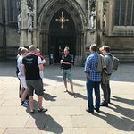 Start of the tour with Duncan in the centre