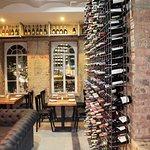 Más de 350 etiquetas de vino