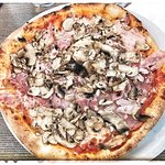 Pizza Regina