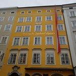 ภาพถ่ายของ Mozart's Birthplace
